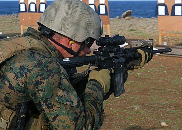 Force Recon Marines with M4a1