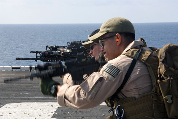 Force Recon Marines with M4 carbines