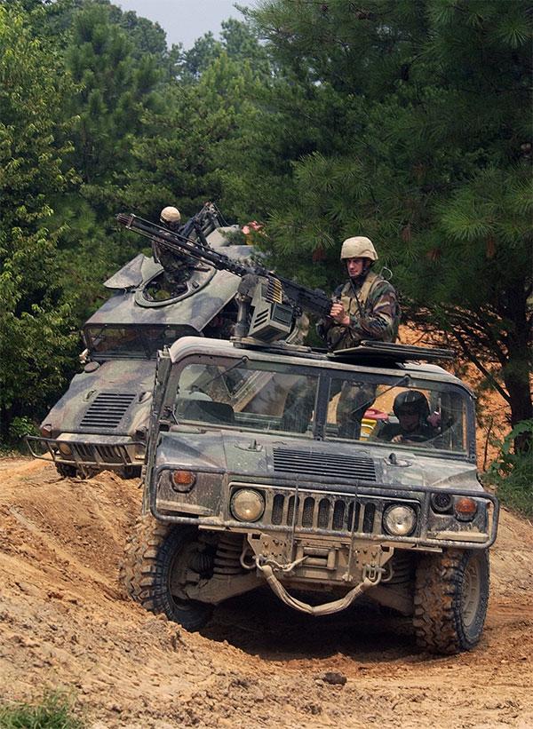 Воени теренски возила Seals-hmmwv