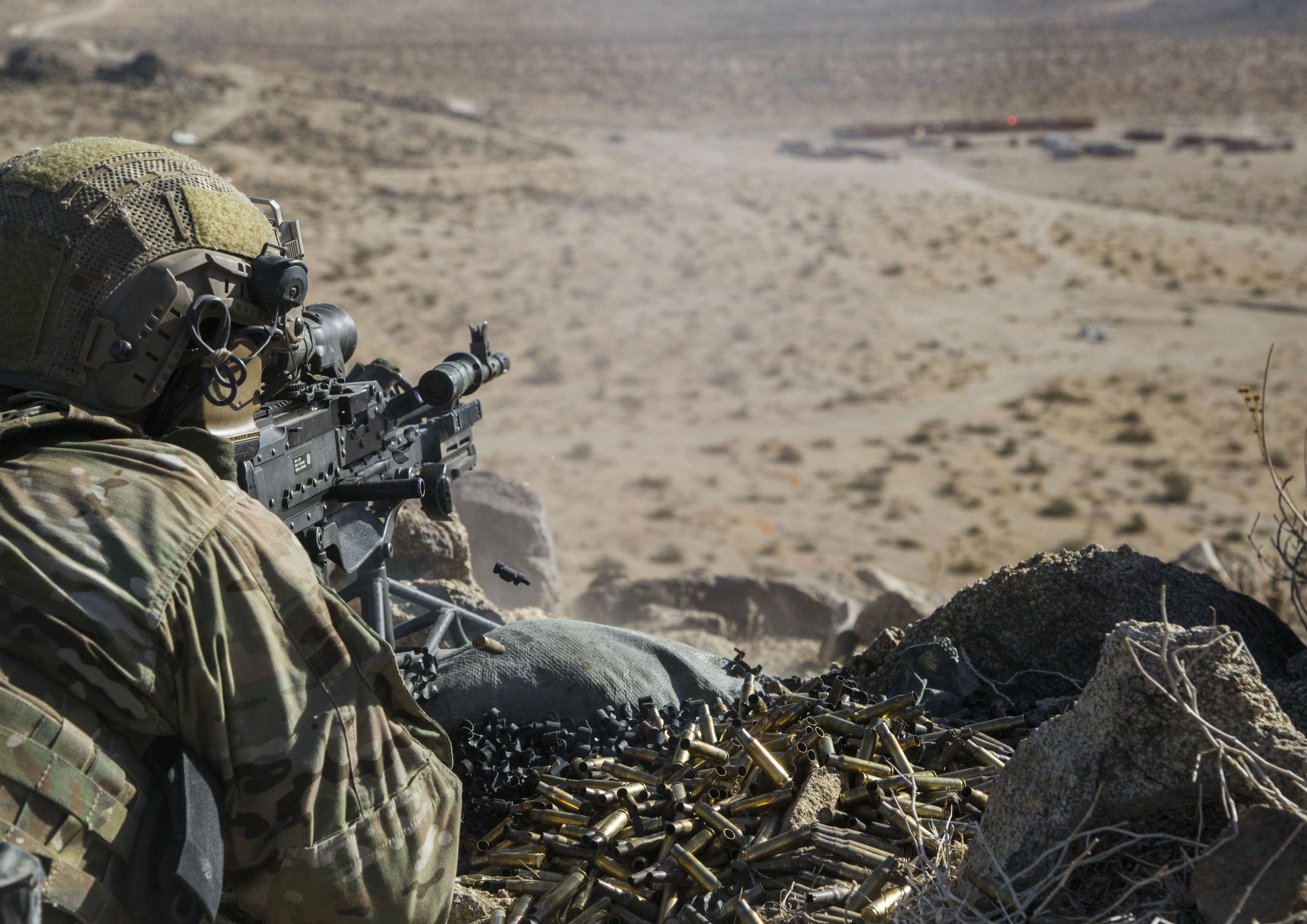 1st ranger battalion m240 gunner