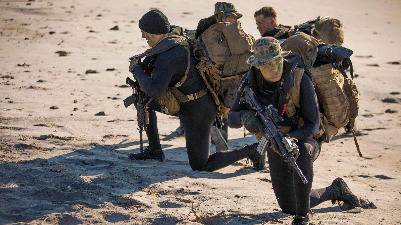 photo 2d recon beach reconnaissance