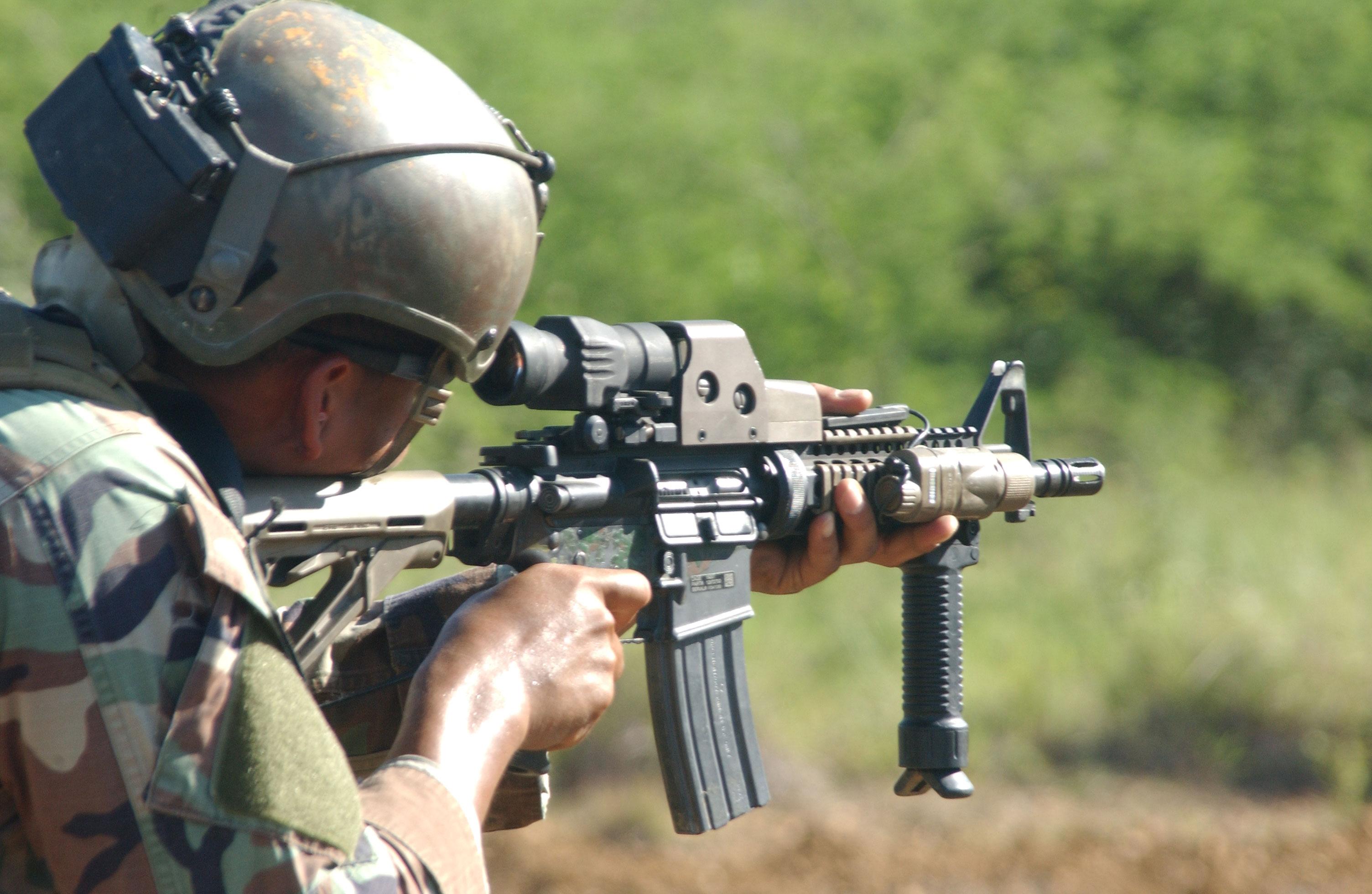 Recopilación FOTOS GREEN BERETS + referencia Army Special Forces Weapons