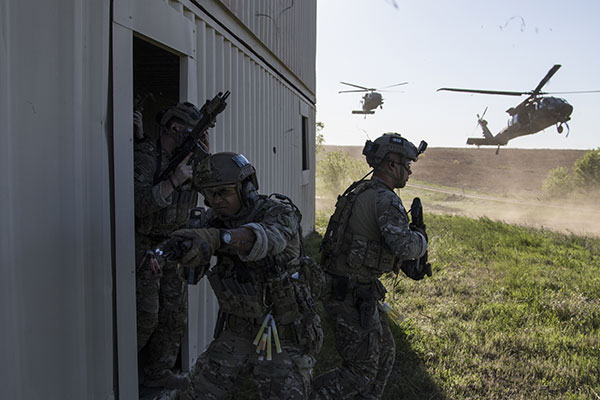 special forces soldiers - air assault operation training