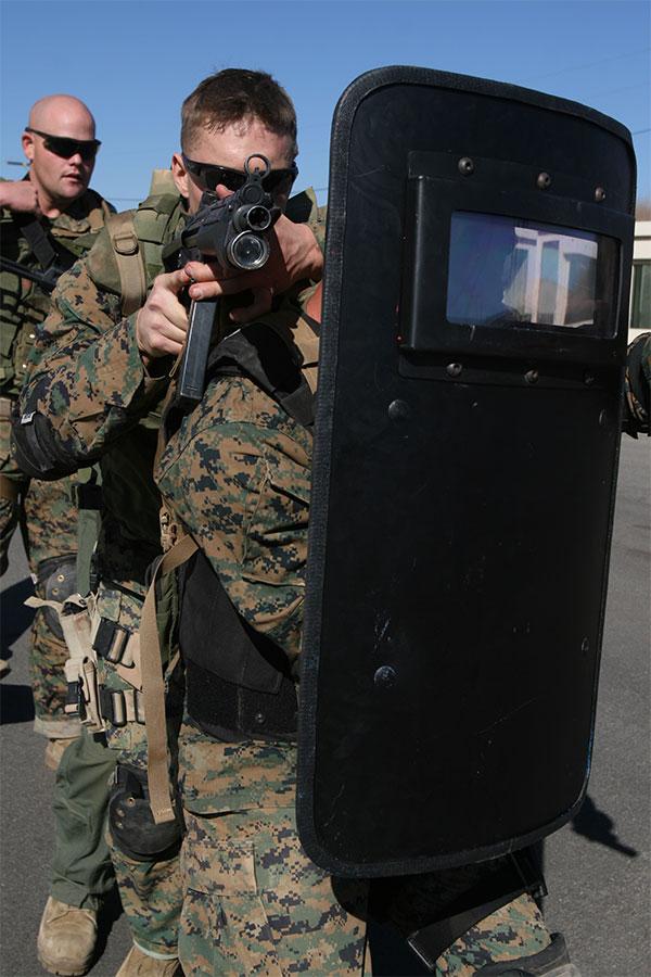 usmc special reaction team ballistic shield