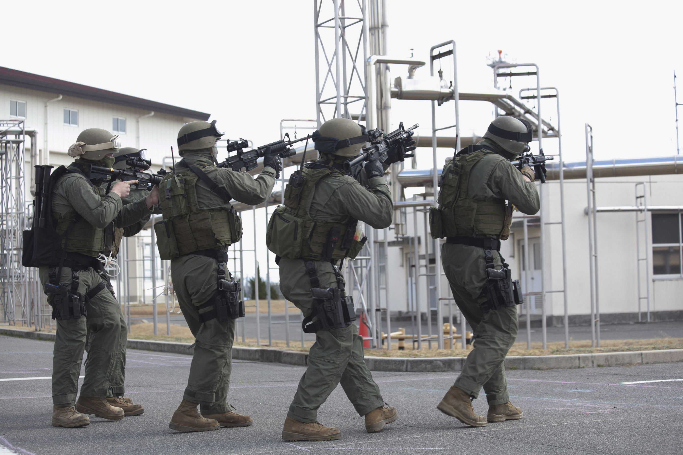 Photo : USMC SWAT team SRT