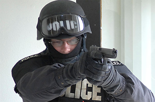 SWAT with Glock 22 pistol