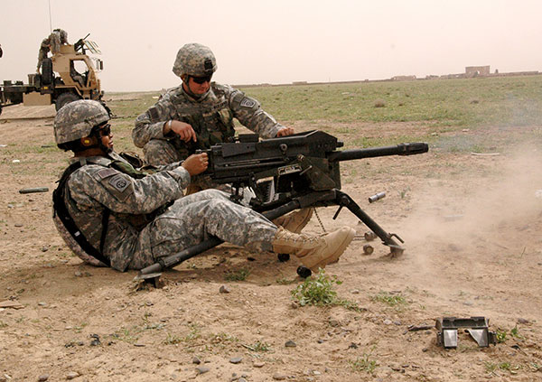 Army soldiers with MK 19
